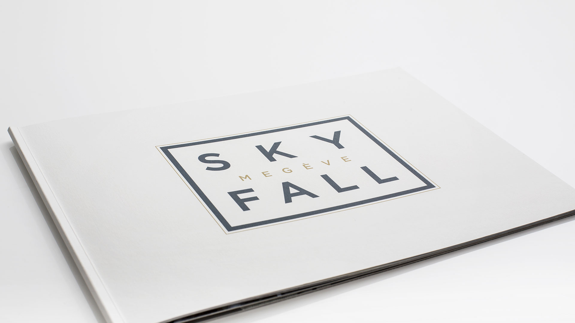 Sales Brochure hotel SkyFall Megeve with 3D photo perspective.